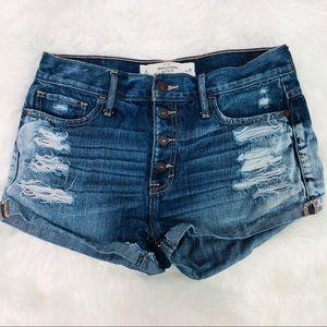 Abercrombie Distressed Denim Shorts   Size 6